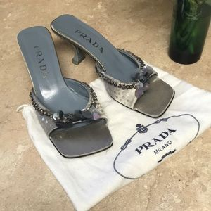Prada grey metallic sandals🤑
